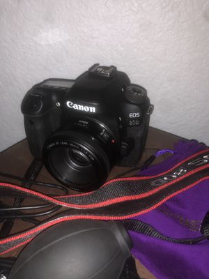 Canon EOS 80D for Sale in La Puente, CA