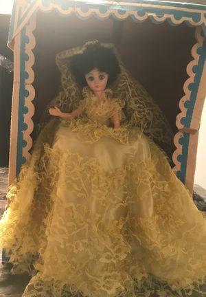 """Antique 17"""" Fashion Doll (Bundle) for Sale in Detroit, MI"""