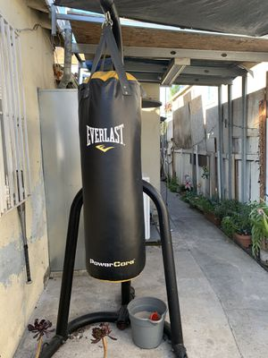 Everlast Punching Bag w Speed Bag & Stand for Sale in Los Angeles, CA