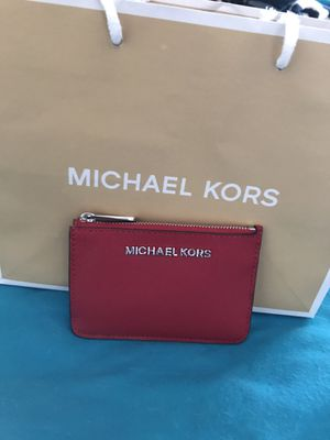 BRAND NEW LEATHER MICHAEL KORS WALLET WITH TAGS for Sale in North Las Vegas, NV