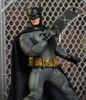 Mezco ascending batman for Sale in Westminster, CA