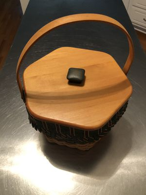 Longaberger Basket -1997 Christmas Collection for Sale in Loganville, GA