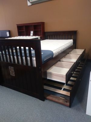 Twin rake bed with 6 drawer underneath storage or three drawer trundle option for Sale in Orlando, FL