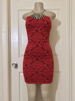 *Red/Black Lace BodyCon Dress •M for Sale in Carrollton,  TX