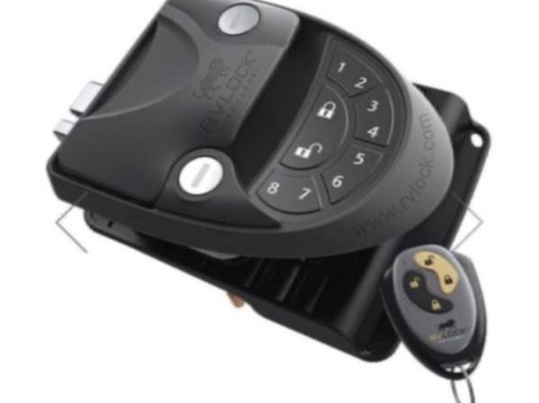 RVLOCK V4.0 - RIGHT HAND W/ INTEGRATED KEYPAD FOR RV'S and Trailers