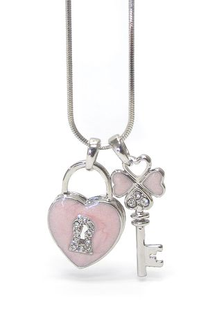 * VALENTINE GIFT* Key and Heart Lock Dual Pendant Necklace *See My Other 800 Items* for Sale in Palm Beach Gardens, FL