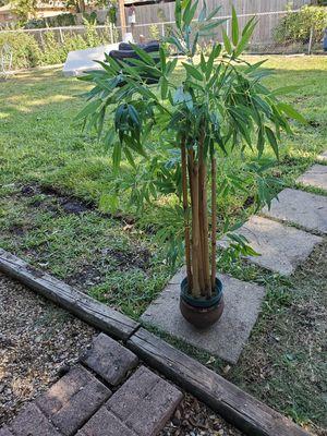 Plastic decorative plant 4ft tall for Sale in Dallas, TX