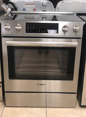 Bosh Slide Electric stove stainless steel convectional oven like new for Sale in Phoenix, AZ