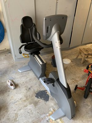 Matrix Recumbent Bike Stationary Bicycle MX-R5X for Sale in Coppell, TX
