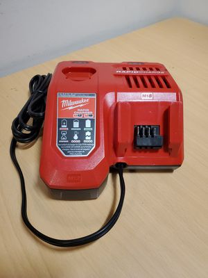 Milwaukee Rapid Charge Charger for M12 & M18 for Sale in Fontana, CA