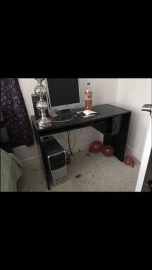Black computer desk for Sale in Broadlands, VA