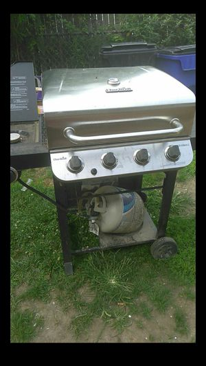 namebrand Bbq Grill for Sale in Cleveland, OH