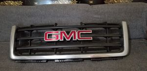 GMC Grill for Sale in McKees Rocks, PA