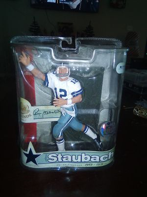 Roger Staubach collectible action figure for Sale in Los Fresnos, TX