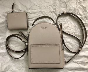 KATE SPADE Cameron Patent Mini Convertible Backpack & Small l-Zip Bifold Wallet for Sale in Colton, CA