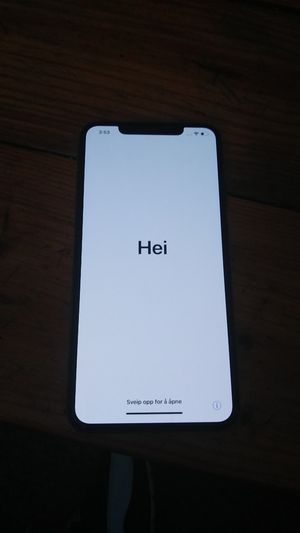 Iphone XS Max for Sale in Cambridge, OH