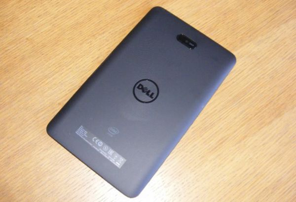 Dell Venue 8 Pro 5855 Tablet running Windows 10