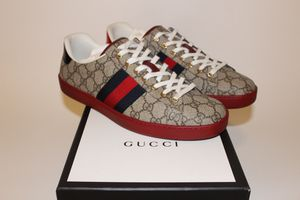Gucci Print Sneakers for Sale in Menifee, CA