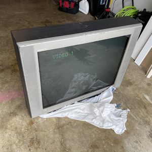 Free TV for Sale in Puyallup, WA