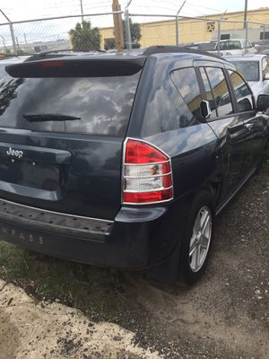 2007 Jeep Compass. Parts Only for Sale in Orlando, FL