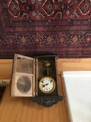 Very old clock works perfect150 for Sale in Elk Grove, CA