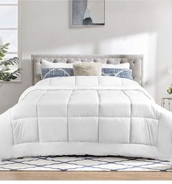 King Size Comforter Brand New for Sale in Portland,  OR