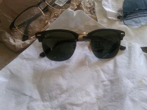 Beautiful black and gold Rayban Sunglasses for Sale in San Antonio, TX