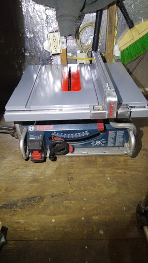 Bosch Tablesaw GTS1031 for Sale in Seattle, WA