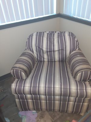 Rocking chair for Sale in Prineville, OR