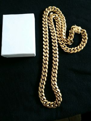 Very nice 14kt gold over stainless steel 12mm by 3oinch long Miami Cuban link Chain for sale !! for Sale in Tampa, FL