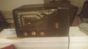 Zenith vintage radio am fm tube zenith rare for Sale in Garden City, NY