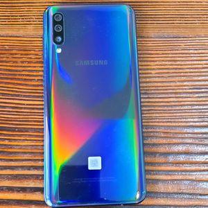 Samsung Galaxy A50 for Sale in Marysville, WA