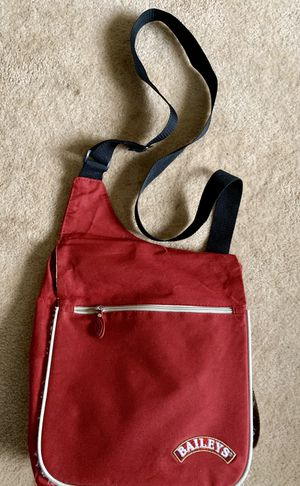 Shoulder Bag for Sale in Kimberly, WI
