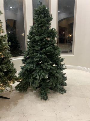 Free 7ft tree for Sale in El Cajon, CA