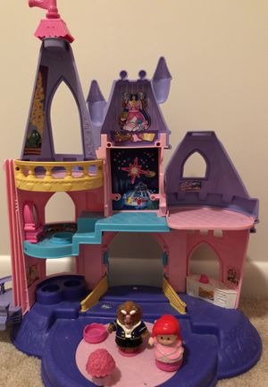 LittlePeople dollhouse castle toy for Sale in Gaithersburg, MD