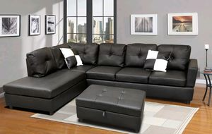 New Black Faux Leather Sectional for Sale in Puyallup, WA