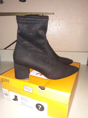 Women new black boots size 7 $20 OBO for Sale in Houston, TX