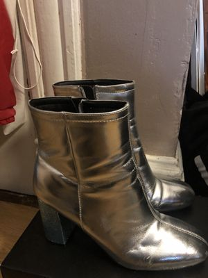 Women's Urban Outfitters metallic/glitter heeled boots Size 10 for Sale in Washington, DC
