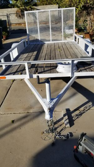 Ultiliy trailer 6 1/2 X 12 ft for Sale in Perris, CA