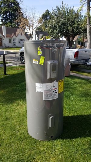 80 gallon electric hot water heater for Sale in Fresno, CA