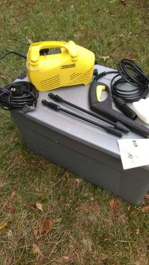 Electric pressure washer 1400 PSI made by k a r c h e e r model 240 1400 PSI 1.3 GPM for Sale in Clarkston, GA