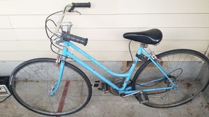 Womens Vintage 1973 Schwinn Super Sport for Sale in Portland, OR