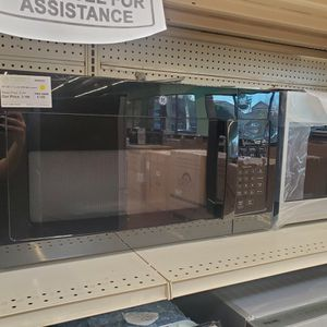 "GE 30"" OTR Microwave for Sale in Upland, CA"