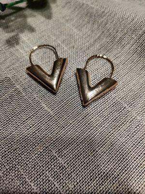 Earrings Brincos Oorbellen Simple Metal Wind Letter V Shape, Gold Color for Sale in Tustin, CA