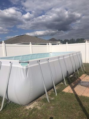 FAMILY SWIMMING POOL for Sale in Gibsonton, FL