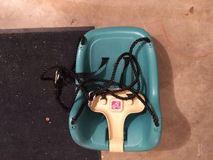 Heavy duty Snug'n baby swing seat for Sale in Seattle, WA