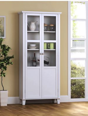2 Door Cabinet$$ 169.00 Firm for Sale in El Paso, TX