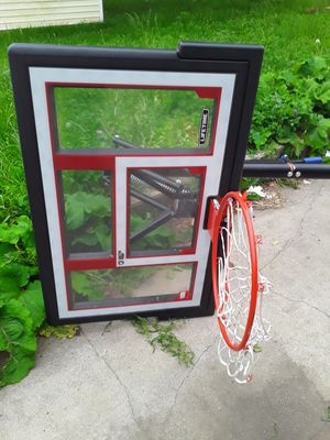 Basketball hoop for Sale in Milwaukee, WI