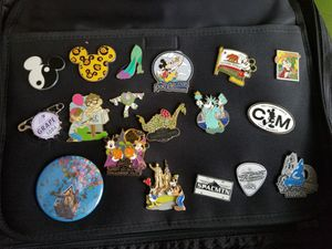 Random lot of Disney Trading Pins for Sale in Kissimmee, FL