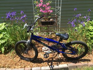 Avigo Wraith Kids 20 BMX Bike for Sale in Northville, MI